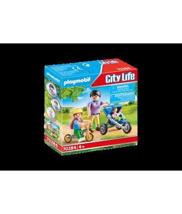 City life - Maman avec enfants
