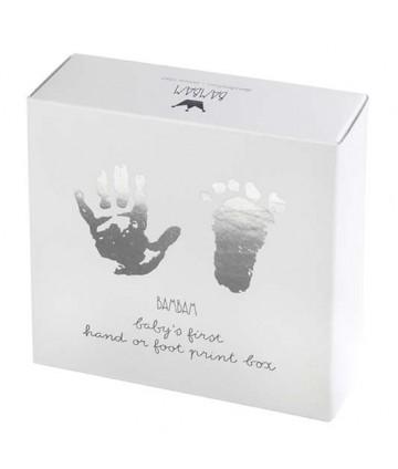 Empreintes pieds et mains
